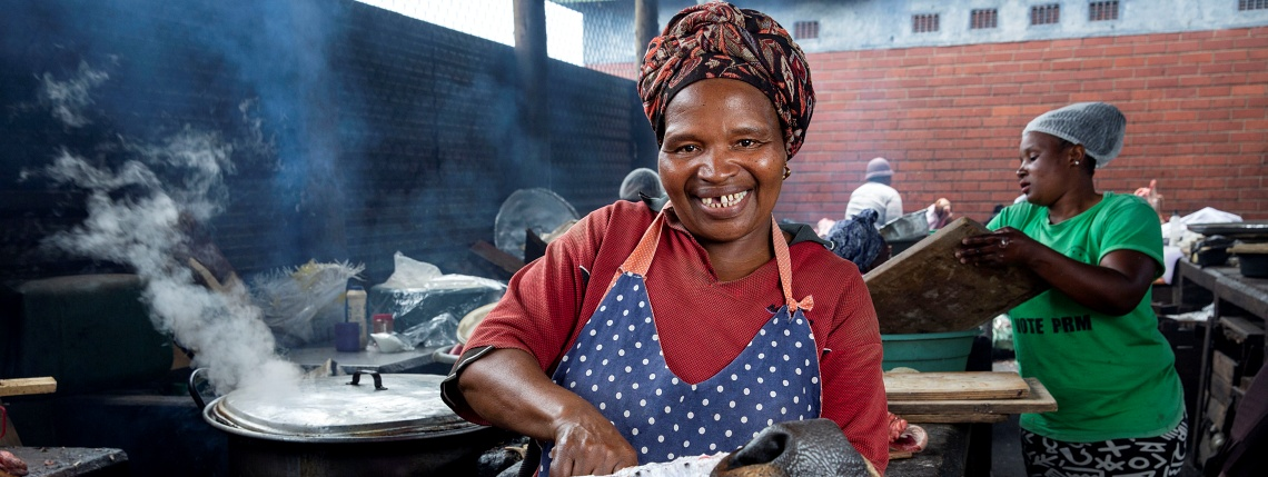Ntombikayise Gagayi, bovine head cook at Warwick Junction, Durban