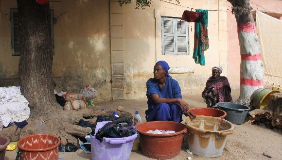 Informal worker - Laundress in Dakar