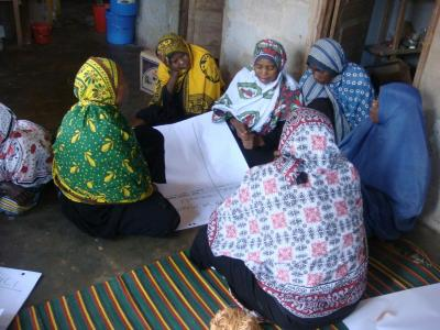Seaweed farmers from Zanzibar talk about their working conditions during a focus group